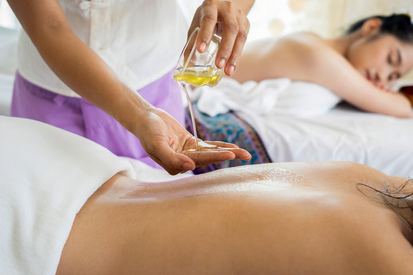 Photo of Een massage geven maakt je ook gelukkig