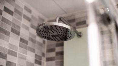 Photo of De voor- en nadelen van een regendouche in huis