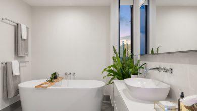Photo of 8 trucjes om je badkamer groter te laten ogen